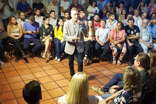 Villa Allende empieza a acompañar a Colombo