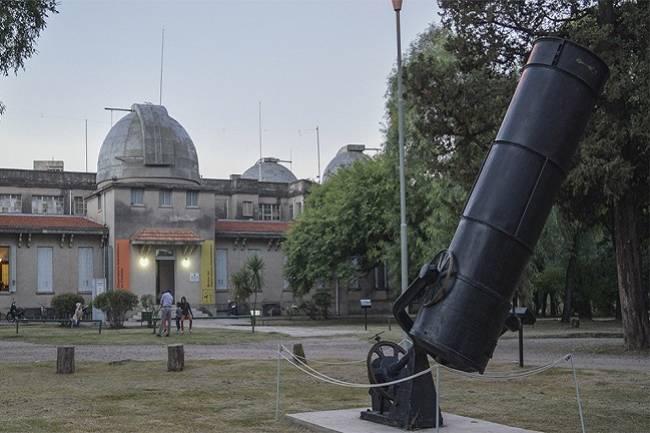 La astronomía cordobesa relacionada con el Nobel de Física