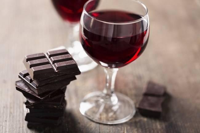 Vino y chocolate: una combinación afrodisíaca