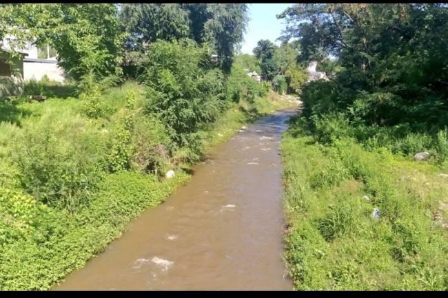 Descuido ambiental pone en alerta a los vecinos de Mendiolaza