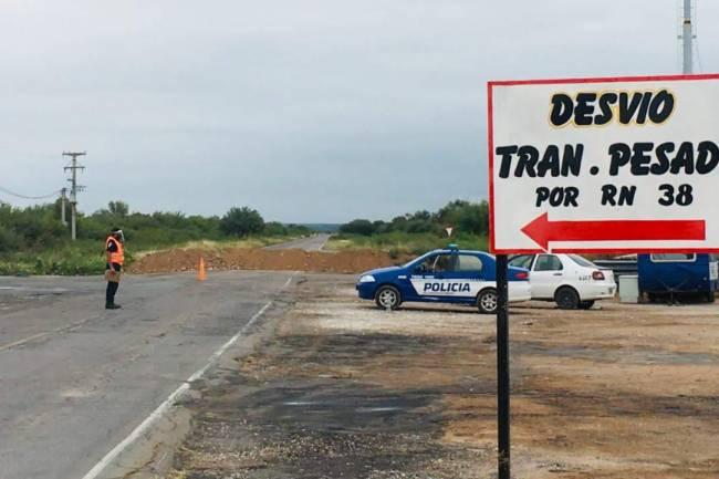 Cruz del Eje: Sólo se podrá entrar a la ciudad por la Ruta Nacional N°38