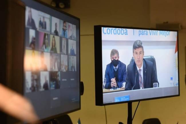 Se prorroga el aporte voluntario de autoridades y se reduce la jornada de los trabajadores del municipio