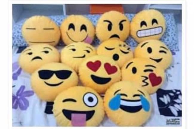 Almohadones Emoji: Para divertirte y hasta para generar un proyecto propio