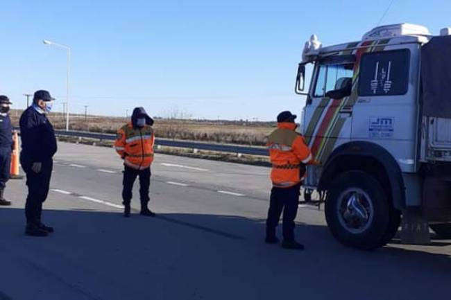 Intensifican controles en ruta 9 en las vías de acceso a Villa María y Marcos Juárez.