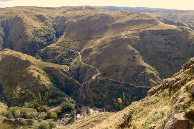 Pueblo Escondido, una aventura en las sierras del Valle de Calamuchita