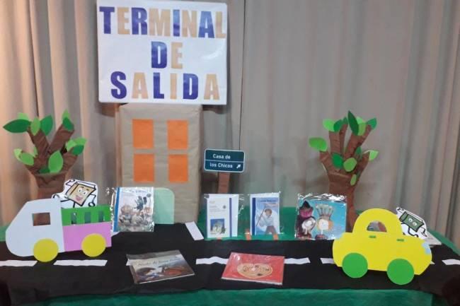En San Vicente los libros cobran vida y viajan a las casas de los niños