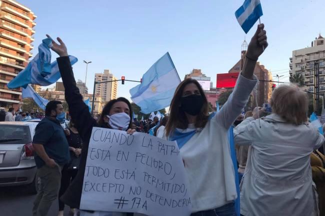 Gran revuelo en Villa Allende por la participación de una Concejal oficialista en la marcha del 17/A