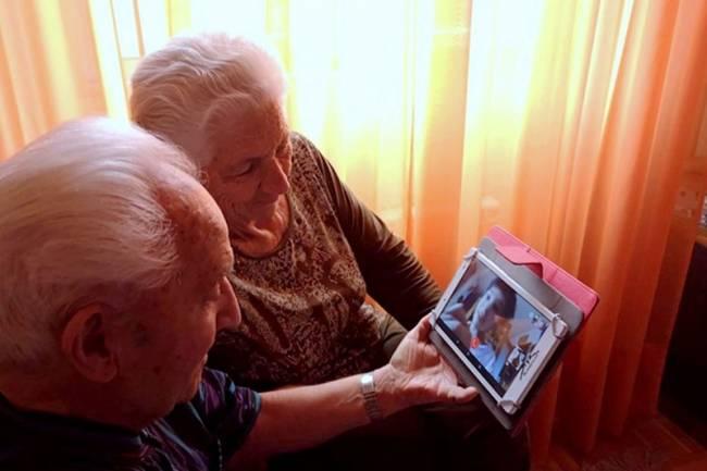 Resilientes de oro: Adultos mayores