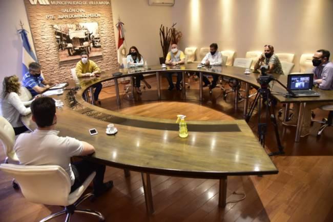 Rosso propuso la creación de una comisión de trabajo conjunta con las empresas de taxis