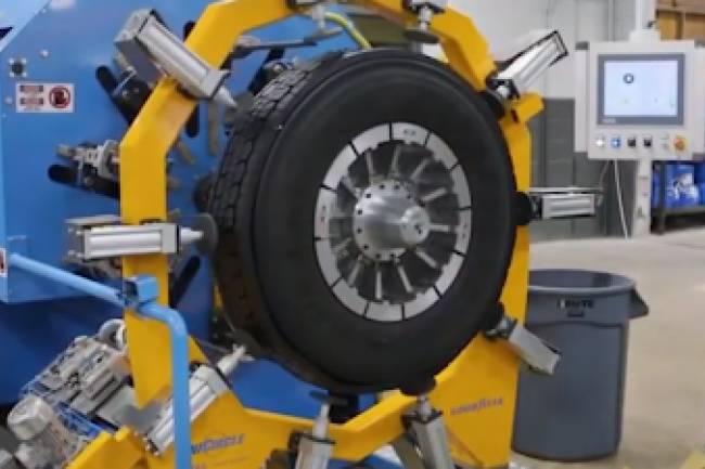 Dean Funes: Invierten $200 millones en una nueva planta de recapado de neumáticos