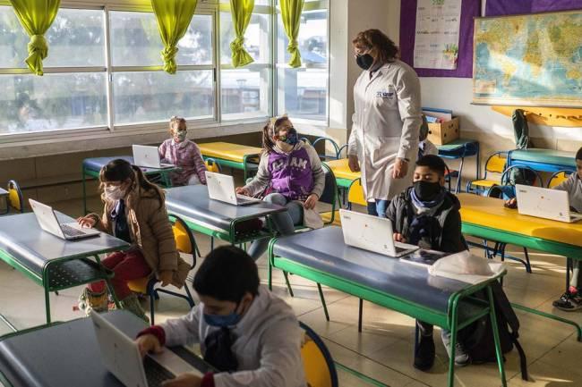 Hoy 13 provincias inician el ciclo lectivo escolar