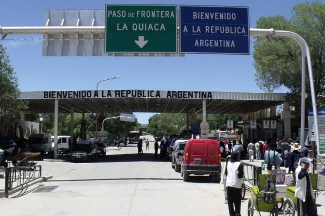 Política migratoria: Alberto Fernández derogó un decreto del gobierno de Mauricio Macri