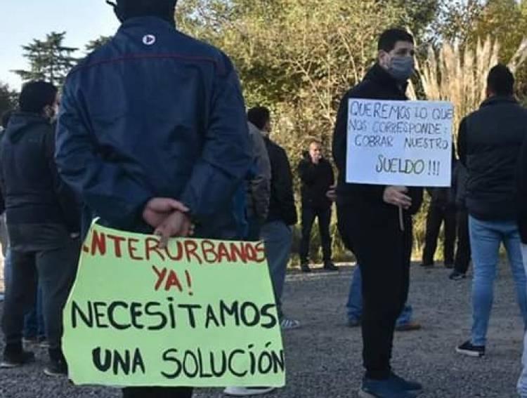 """Trabajadores de Interurbanos se autoconvocaron: """"No damos más"""""""