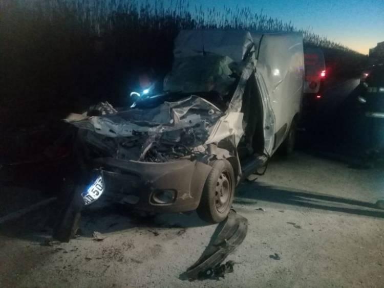 Una Fiorino  chocó a un camión… Accidente entre trabajadores en zona de Chucul