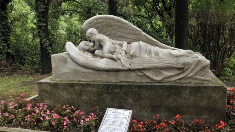 Aún hoy no se explica el cuerpo intacto del sacerdote de Alta Gracia fallecido hace más de 50 años