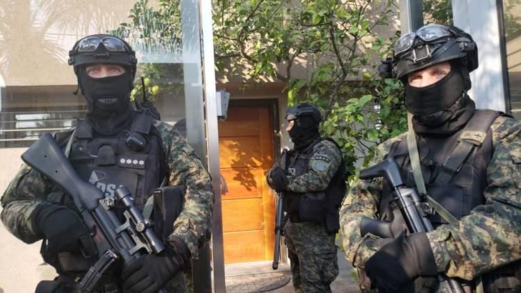 Sigue el escándalo del megaoperativo nacional: ¿¿¿ Que hacía la Policía aeroportuaria en Cabrera y Hernando ???