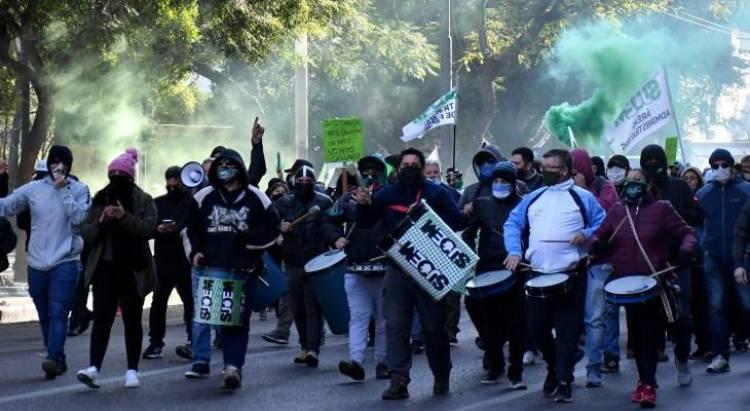 Detienen a cuatro empleados del SUOEM por actos de violencia