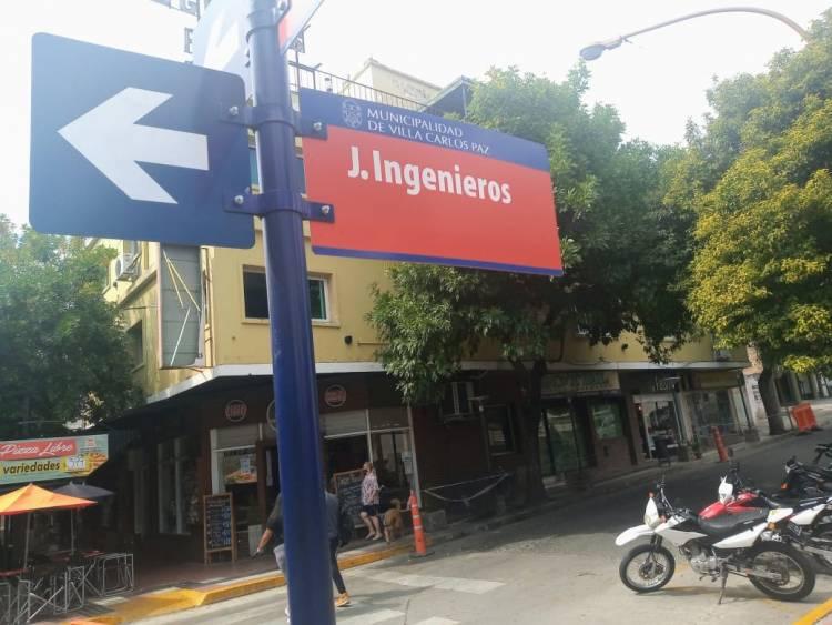 Una de las calles céntricas de Villa Carlos Paz cambia de sentido