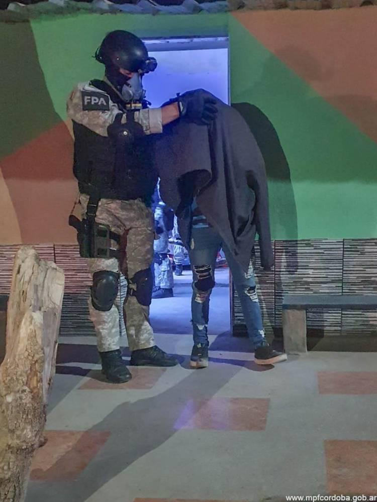 Operativo en bar clandestino: dos detenidos