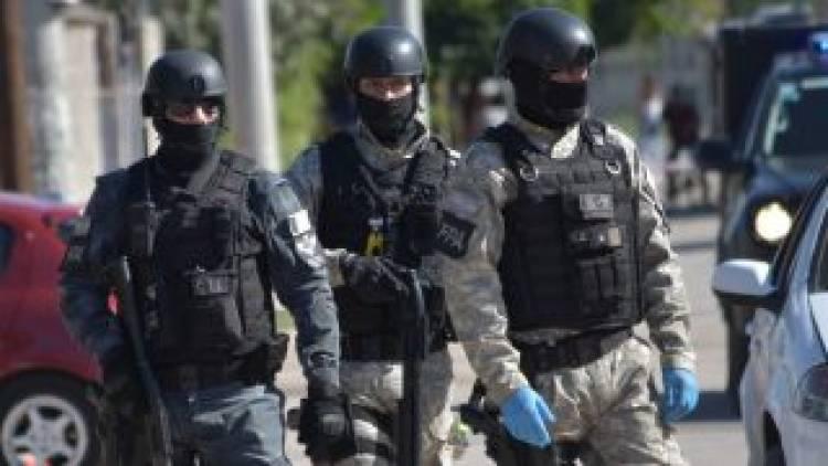 3.200 dosis de drogas en el colectivo: hay dos detenidos